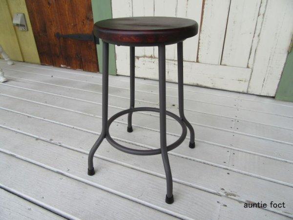 画像1: アイアン丸スツール・ブラウン(座・木製こげ茶色) W38×D38×H44cm *完売しました。