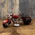 <ミニ>ヴィンテージカー[Old バイク] RED  (ブリキ製)  (約)W.18.5xD.8xH.11.5cm